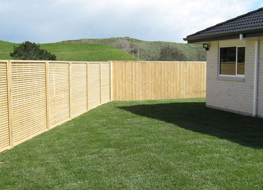 Magnificent Retaining Wall Fence Ideas Picture Collection - Wall Art ...